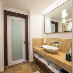 Отель Cornelia Diamond Golf Resort & SPA - All Inclusive ванная фото 2