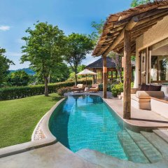 Отель The Naka Island, A Luxury Collection Resort and Spa, Phuket бассейн
