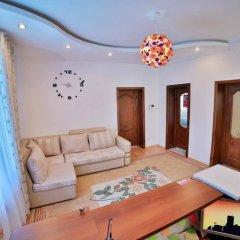 Отель Hostel Casa Blanca Кыргызстан, Бишкек - 1 отзыв об отеле, цены и фото номеров - забронировать отель Hostel Casa Blanca онлайн комната для гостей фото 2