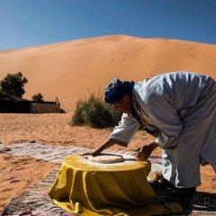 Отель Ksar Bicha Марокко, Мерзуга - отзывы, цены и фото номеров - забронировать отель Ksar Bicha онлайн приотельная территория