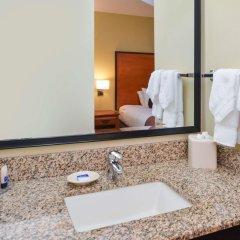 Отель Best Western Plus Cascade Inn & Suites ванная