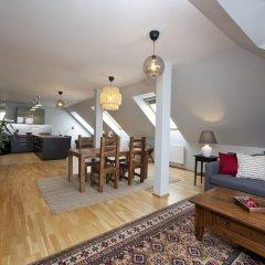 Апартаменты Spacious Treetop Apartment by easyBNB Прага комната для гостей фото 5