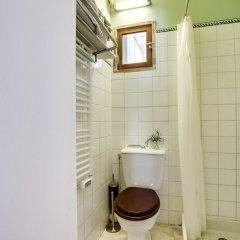 Отель Cosy apt for 2 close to Eiffel Tower Франция, Париж - отзывы, цены и фото номеров - забронировать отель Cosy apt for 2 close to Eiffel Tower онлайн ванная