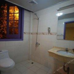 Отель Shanghai Soho Bund International Youth Hostel Китай, Шанхай - отзывы, цены и фото номеров - забронировать отель Shanghai Soho Bund International Youth Hostel онлайн ванная