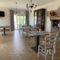 Отель B&B I 4 Sentieri Кастель-Сан-Пьетро-Романо питание фото 2