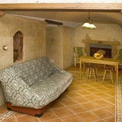 Отель Cuevalia. Alojamiento Rural en Cueva комната для гостей фото 5