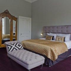 Отель The Edinburgh Castle Suite Эдинбург комната для гостей фото 3