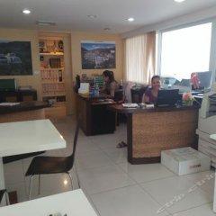 Отель Shanaya Residence Ocean View Kata Пхукет интерьер отеля фото 3