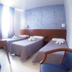 Hotel Montescano Сан-Мартино-Сиккомарио комната для гостей фото 2