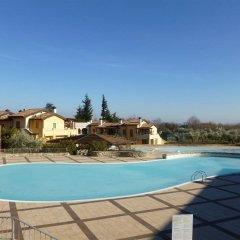 Отель Manerba Del Garda Resort Монига-дель-Гарда бассейн фото 2
