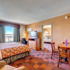 Отель Service Plus Inns & Suites Calgary Канада, Калгари - отзывы, цены и фото номеров - забронировать отель Service Plus Inns & Suites Calgary онлайн комната для гостей фото 4