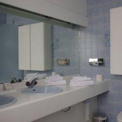 Отель Duc De Bourgogne Бельгия, Брюгге - отзывы, цены и фото номеров - забронировать отель Duc De Bourgogne онлайн ванная фото 2