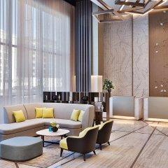 Отель Courtyard by Marriott Al Barsha, Dubai ОАЭ, Дубай - отзывы, цены и фото номеров - забронировать отель Courtyard by Marriott Al Barsha, Dubai онлайн интерьер отеля
