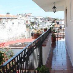 Отель Suites Plaza Del Rio Пуэрто-Вальярта балкон