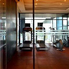Отель AETAS lumpini фитнесс-зал фото 4