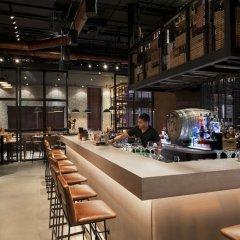 Отель Pearl Rotana Capital Centre гостиничный бар