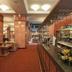 Гостиница Royal Hotel Spa & Wellness в Ярославле - забронировать гостиницу Royal Hotel Spa & Wellness, цены и фото номеров Ярославль гостиничный бар