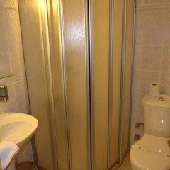 Hotel Asiyan ванная