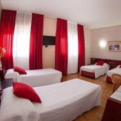 Hotel Master Альбиньязего комната для гостей фото 4