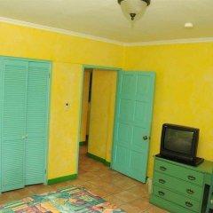 Отель Doctors Cave Beach Hotel Ямайка, Монтего-Бей - отзывы, цены и фото номеров - забронировать отель Doctors Cave Beach Hotel онлайн удобства в номере фото 2
