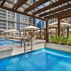 Отель Hilton Dubai Al Habtoor City бассейн фото 3