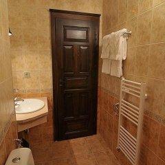 Отель Gozbarov's Guest House Болгария, Копривштица - отзывы, цены и фото номеров - забронировать отель Gozbarov's Guest House онлайн ванная