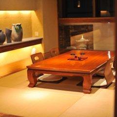 Отель Khaosan Tokyo Samurai Япония, Токио - отзывы, цены и фото номеров - забронировать отель Khaosan Tokyo Samurai онлайн интерьер отеля