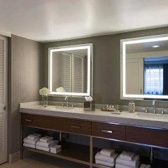 Отель Renaissance Washington, DC Downtown Hotel США, Вашингтон - 1 отзыв об отеле, цены и фото номеров - забронировать отель Renaissance Washington, DC Downtown Hotel онлайн ванная