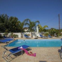 Отель Protaras St Raphael Villa бассейн фото 3