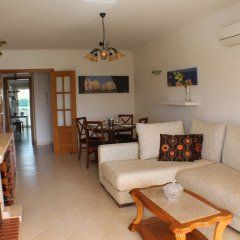 Апартаменты Apartment With 2 Bedrooms in Albufeira, With Pool Access, Enclosed Gar комната для гостей фото 3