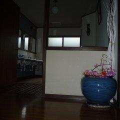 Отель Sekkasai Lodge Хакуба сейф в номере