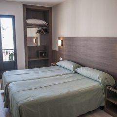 Отель Apartamentos Loar Ferreries комната для гостей фото 2
