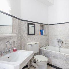 Отель Athens Park Palace Apartments Греция, Афины - отзывы, цены и фото номеров - забронировать отель Athens Park Palace Apartments онлайн ванная
