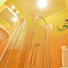 Отель Poco Loco Hostel Польша, Познань - отзывы, цены и фото номеров - забронировать отель Poco Loco Hostel онлайн ванная