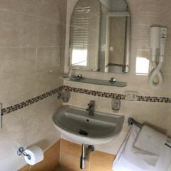 Отель Villa Lieta Римини ванная
