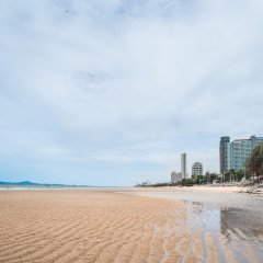 Rodina Beach Hotel пляж