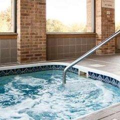 Отель Best Western Lakewood Inn бассейн фото 3