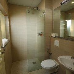 Отель Dhulikhel Lodge Resort Непал, Дхуликхел - отзывы, цены и фото номеров - забронировать отель Dhulikhel Lodge Resort онлайн ванная