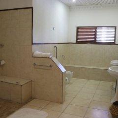 Отель 10 BR Guesthouse - Montego Bay - PRJ 1434 ванная фото 2