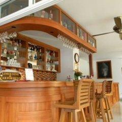 Отель Sutin Guesthouse гостиничный бар