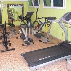 Hotel Ghirlandina фитнесс-зал