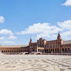 Отель Petit Palace Puerta de Triana пляж