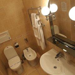 Гостиница Злата Прага Украина, Запорожье - отзывы, цены и фото номеров - забронировать гостиницу Злата Прага онлайн ванная