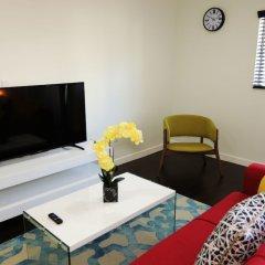 Отель Cosmopolitan Suites комната для гостей фото 3