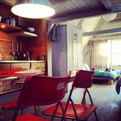 Отель The Blue Sheep Нидерланды, Амстердам - отзывы, цены и фото номеров - забронировать отель The Blue Sheep онлайн гостиничный бар
