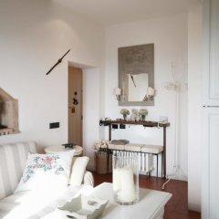 Отель We Tuscany - Zaffiro Bianco Италия, Сан-Джиминьяно - отзывы, цены и фото номеров - забронировать отель We Tuscany - Zaffiro Bianco онлайн комната для гостей фото 5