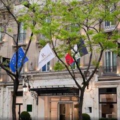 Renaissance Paris Hotel Le Parc Trocadero спортивное сооружение