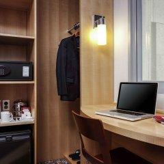 Отель ibis Ambassador Insadong сейф в номере