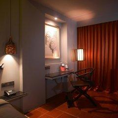 Отель Sino House Phuket Hotel Таиланд, Пхукет - отзывы, цены и фото номеров - забронировать отель Sino House Phuket Hotel онлайн интерьер отеля фото 2
