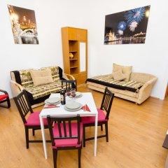 Апартаменты Opera Apartments комната для гостей фото 5